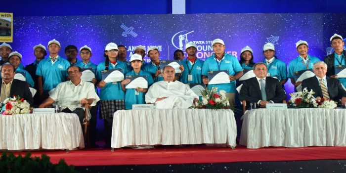 Naveen Felicitates Winners of 13th Edition of Tata Steel YATS 2019-20