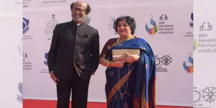 Rajinikanth Poses with Wife at IFFI 2019 As He Receives Icon of Golden Jubilee Award