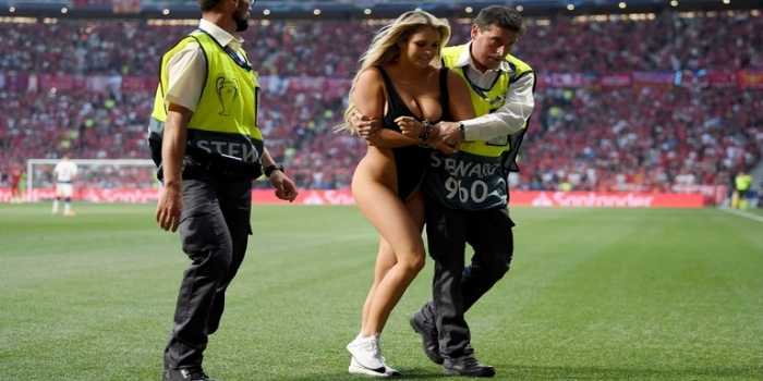 Unexpected & Surprise Moment During Liverpool vs Tottenham Final Madrid 2019 as a Half-Naked Girl Enters Field