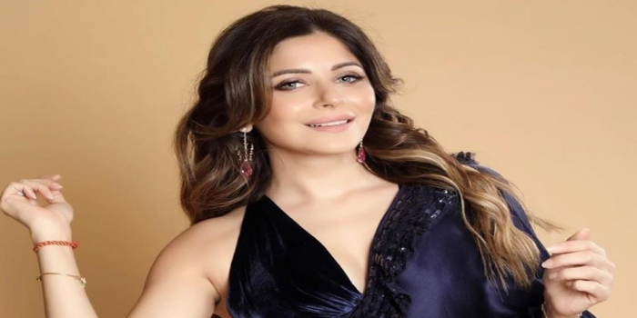 "COVID-19: FIR Filed Against Kanika Kapoor for ""Negligence"""